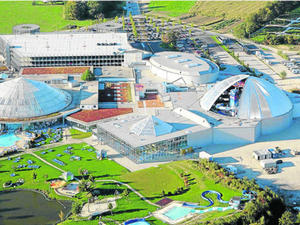Therme plant neues Familienbad