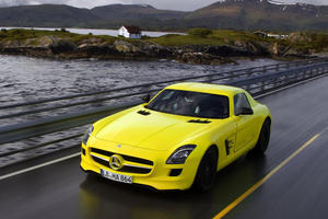 Mercedes SLS E-Cell: Elektrische Powerflunder