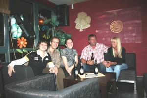 Bettina, Robert, Anna mit Andreas und Anja Pralle