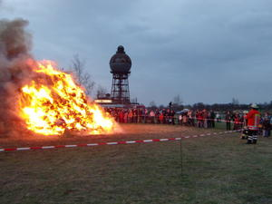 Osterfeuer in Groß Ilsede 2011