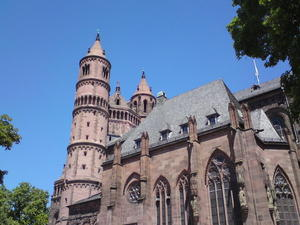 Sommer, Sonne, St. Peters Dom in Worms.