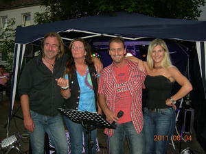 Sommerfest bei Vino & Vita am 13.August - mit den Dancing QueenTS!