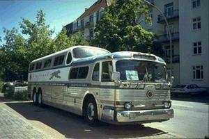 Bus- Bus and away