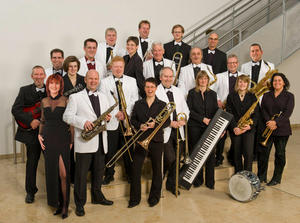 "Big Band ""No Please"" bei den Dillinger Kulturtagen: Konzert ""Time4Swing"" am Freitag, 30. September um 20.00 Uhr im Stadtsaal am Kolpingplatz in Dillingen a.d.Donau"