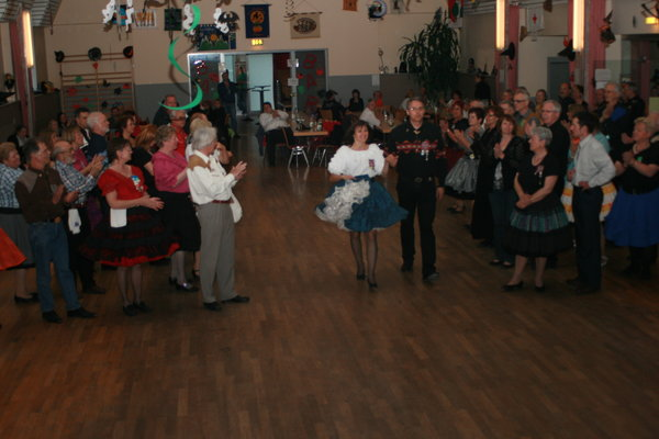 square-dance, the-hurly-burly-magixs, mainstream, caller, basics, intro-plus