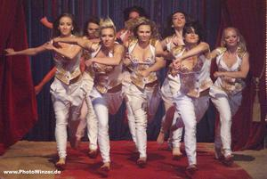 Circus Roncalli - die geballte Women-Power
