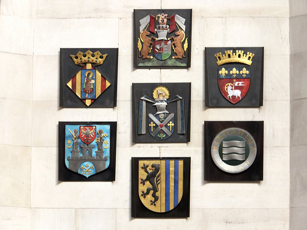 hannover, farben, rathaus, wappen, neues-rathaus-hannover, stadtwappen