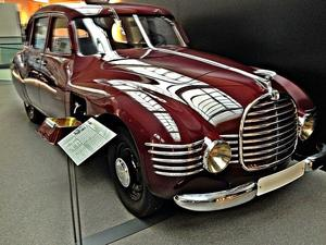 Oldtimer im August - Horch - Museum