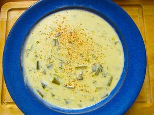 Vegetarische Käse-Lauch-Suppe