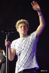 One Direction: Niall Horan verkackt! (Video)
