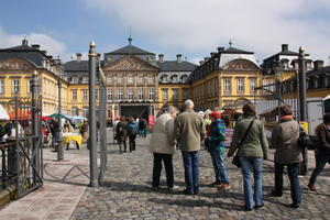 Markt am Schloss- Muttertag in Bad Arolsen