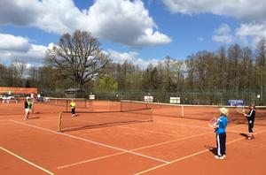 Ferien-Tennis-Camp