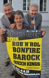 "Der Schlossplatz rockt vier Tage lang Günzburger Kultursommer: Open Air ""on the rocks open"" vom 30. Juli bis 2.August"