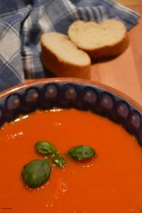 Rezepttipp: Feurig, fruchtige Tomatensuppe