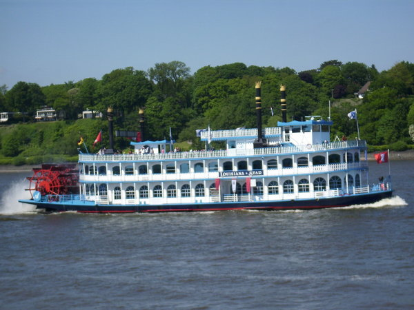 schaufelraddampfer, louisiana-star-hamburger-hafen