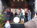 Auftritt der Owl Town Pipe and Drum Band