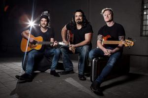 THE HEAVY HITTERS ACOUSTIC PROJECT (AUS/DE) feat. Michael Vdelli  !!