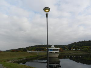 Energiesparlampen am Twistesee.