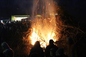 Osterfeuer in Rethen