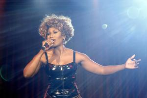 """SIMPLY THE BEST – Das Musical""  Die Tina Turner-Story in Ulm im Congress Centrum  Der Vorverkauf startet morgen  am 30. Juni!"