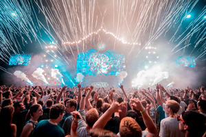UNITE with Tomorrowland   Das Full Line up in der VELTINS-Arena  ALESSO, NICKY ROMERO, TIMMY TRUMPET,  LE SHUUK, YVES V, WILL SPARKS u.v.a.