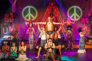 HAIR – Let the Sun Shine in | Das Kultmusical