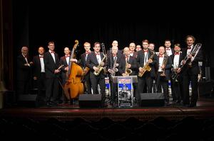 'A Swinging Christmas' mit der All Swing Big Band