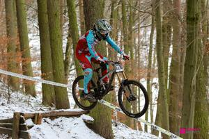 Mario Anton gewinnt 4. Advent Downhill