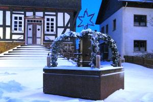 Am 10.12.2017: Marktbrunnen im Advent.
