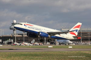 BRITISH AIRWAYS  G-EUPJ,startet an der Südbahn !