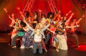 Broadway Musical Company New York präsentiert:    Rockmusical HAIR in Ulm im Congress Centrum