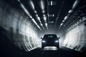 Im Jaguar mit Tunnelblick nach Europa unterwegs * By (TRD) Pressedienst Blog News Portal 2018