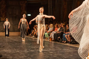 FASHION & DANCE 2018 – interkulturelle Modenschauen in Herrenhausen