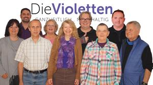 Die Violetten: Treffen am Brandenburger Tor in Berlin