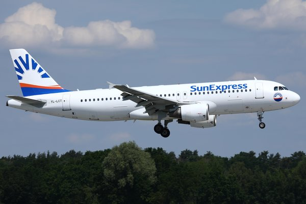 Airbus A320 SunExpress    (SmartLynx Airlines)