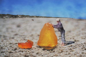 Schlagzeile: 'The biggest Amber ever!!!'