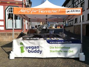 Vegan-Buddy Infostand beim Mind on Fire-Festival - ARIWA Vogelsberg