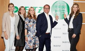 Working Moms Day Team: (v.l.n.r.) Anett Szigeti (Diplom-Psychologin), Annette Rompel (Chefredakteurin Working at Office), Wendela Freiesleben (Marketing Director Central Europe), Ard-Jen Spijkveret (Vice President Central Europe), Annett Möller (TV-Moderatorin und Schirmherrin).
