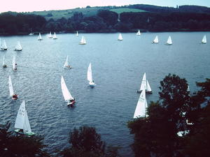 April 1980: Segelregatta am Baldeneysee in Essen (Ruhrgebiet)