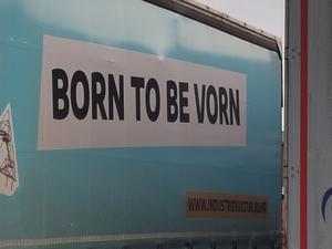 'Born to be vorn!' Kultur-Tour mit Musik-Video & 15 Bildern