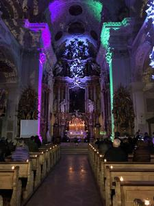 Zur 'Holy Hour' in die Klosterkirche