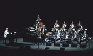 THE WORLD FAMOUS GLENN MILLER ORCHESTRA DIRECTED BY WIL SALDEN