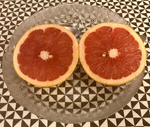 One Grapefruit a day keeps the doctor away ❗️